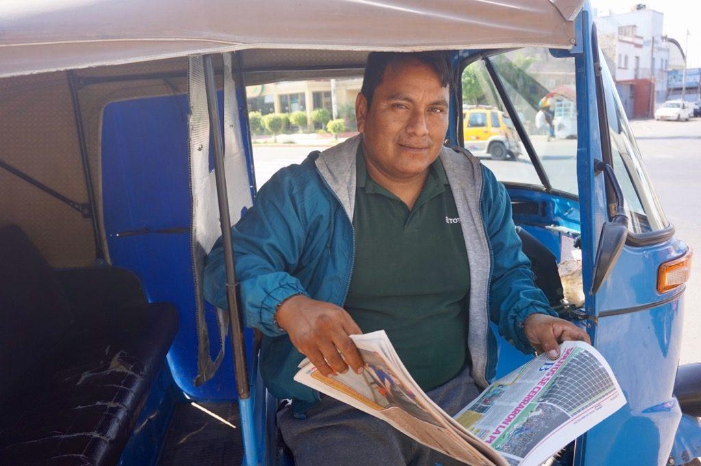 トゥクトゥクの運転手