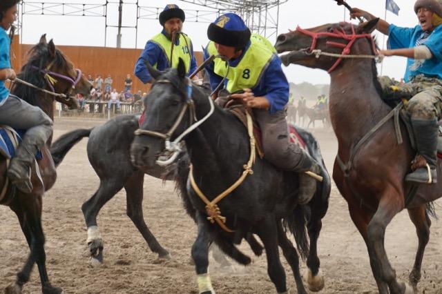 キルギスの国技キョクボル