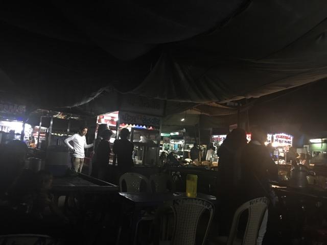 マンドビの夜の屋台