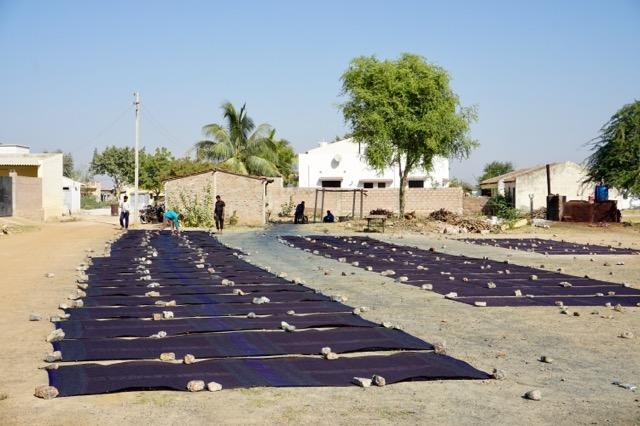 アジュラックプールの村