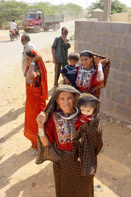 少数民族の女性たち
