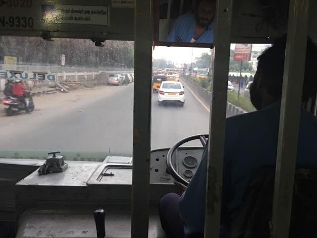 チェンナイのローカルバス