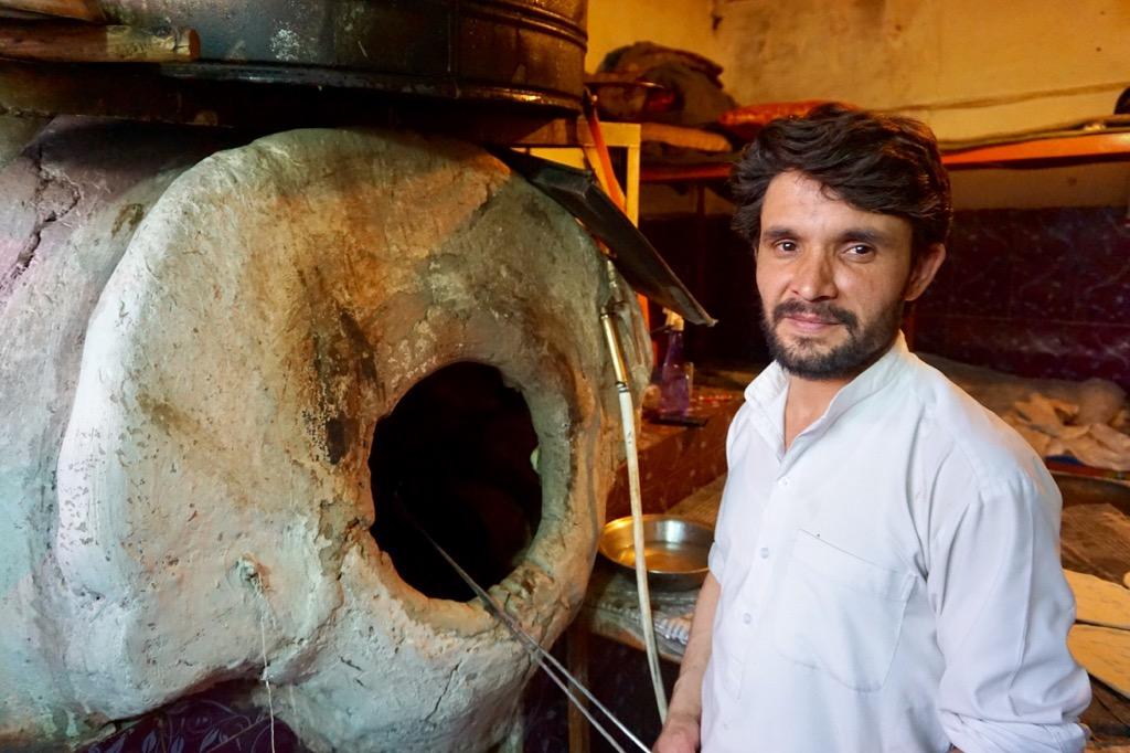 カブールのナン屋