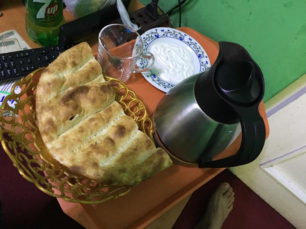 カブールでの朝食